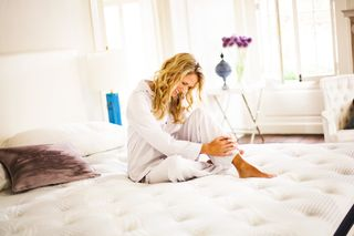 Simmons Beautyrest Recharge World Class - the mattress expert.com